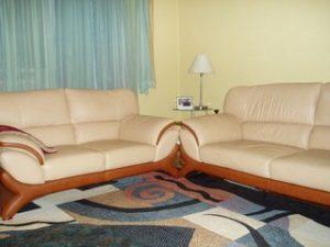 Перетяжка кожаной мебели в Пскове